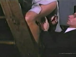 زوجة وقحة تطلب من جاها ينيكها امام زوجها